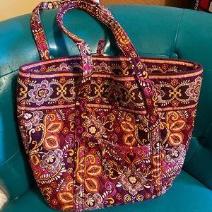 •Vera Bradley• Large Purse/ Carry On Bag